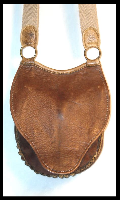 vintage leather shop l leather bags l leather products