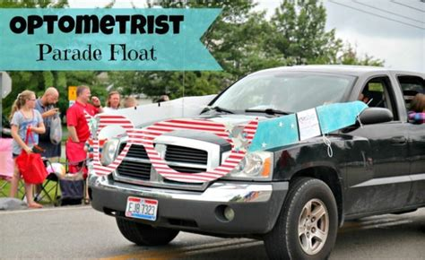 How To Decorate Car For Parade by 30 Things To Do On The 4th Of July Tip Junkie