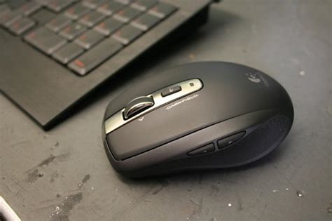 Logitech Anywhere Mouse Mx review logitech s anywhere mouse really does work