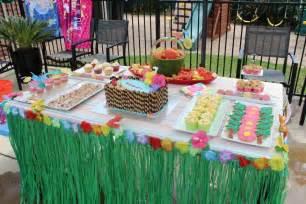 Backyard Bash Party Ideas Hawaiian Pool Party Birthday Party Ideas Photo 1 Of 9