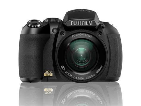 Kamera Fujifilm Hs20 die fujifilm hs10 ist eine bridgekamera mit einem 30 fachen monsterzoom die kamera hielt sich