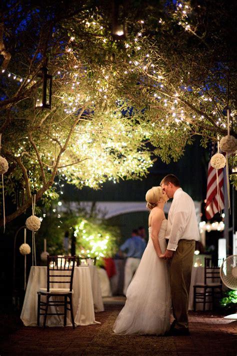 tips  hosting  wedding  home