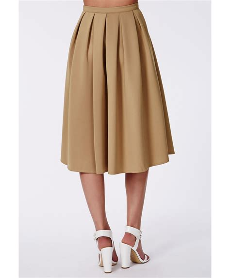 missguided auberta pleated midi skirt camel in brown lyst