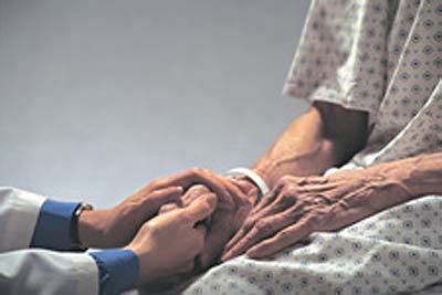 imagenes orando por enfermos oraci 243 n por sanidad ministerio familias del reino