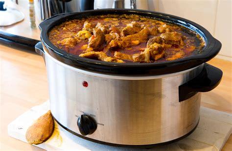 membuat kaldu ayam dengan slow cooker simak kelebihan menarik slow cooker ini dibanding alat