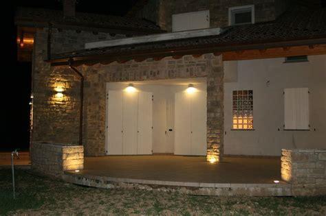 ingresso abitazione l ingresso di un abitazione illuminato da led