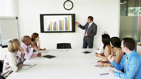 imagenes de trabajo y mas trabajo las grandes quejas sobre las reuniones de trabajo y como