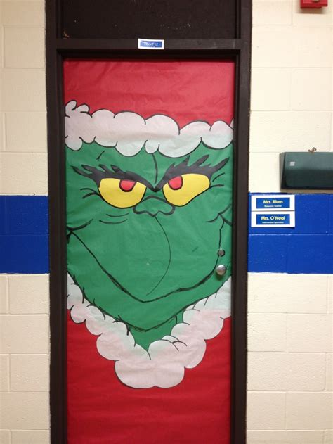 holiday door decorating ideas dr suess s grinch classroom door decoration bulletin
