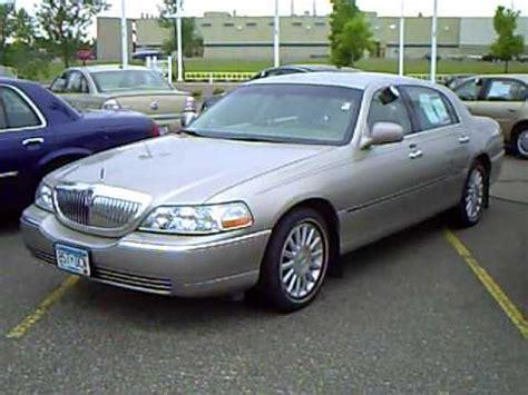 2003 lincoln executive town car 2003 lincoln town car executive