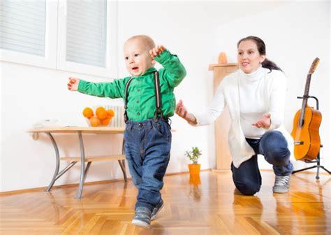 membuat anak tidur cepat membuat anak cepat berjalan cara agar anak cepat berjalan