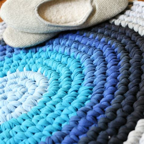 rug made from tshirts hometalk crochet t shirt rug
