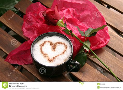 Resmi Coffee Moment coffee and roses stock photo image of foam latte