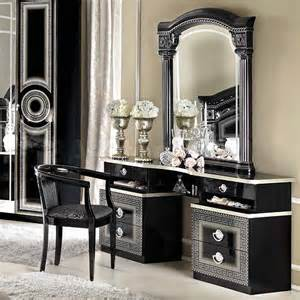 Vanity In Mirror 1079 20 Aida Vanity Dresser And Mirror In Black Silver