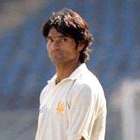 mohammad irfan biography pakistani cricket players