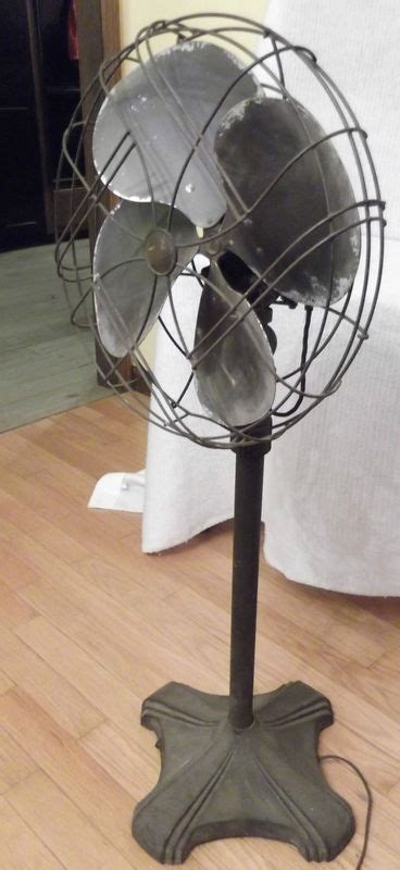 Vintage Art Deco Emerson Electric Oscillating Pedestal Fan