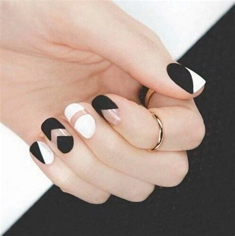 black and white pattern nails 80 black and white nail designs