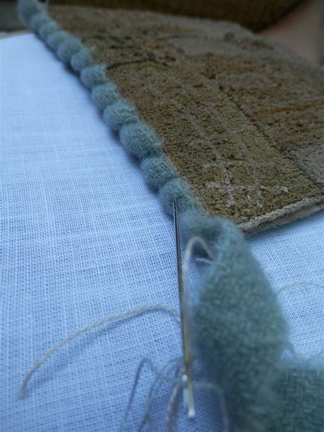 finishing a hooked rug 78 best images about finishing hooked rugs on hooked rugs wool and yarns
