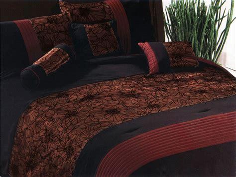 gold pattern comforter 7 pieces elegant lily flower pattern comforter set