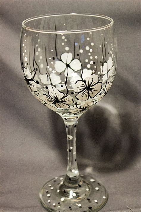 black coffe wine white 259 154 best images about wine glasses on