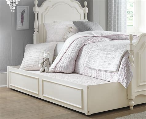 full bed trundle legacy classic kids harmony summerset low poster full bed with turned feet and trundle