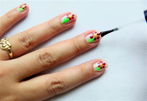 nail art tutorial wikihow nail art dot flowers www imgkid com the image kid has it