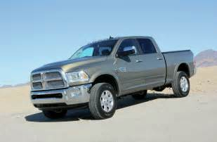 Dodge Ram 2500 2014 Dodge Ram 2500 Front Side View Photo 18