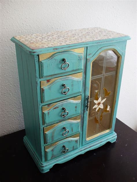 chalk paint jewelry box 70 best images about crafting chalk paint jewelry