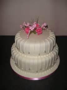 wedding cake ideas images 2 modern wedding cakes designs wedding cakes 2 tier modern