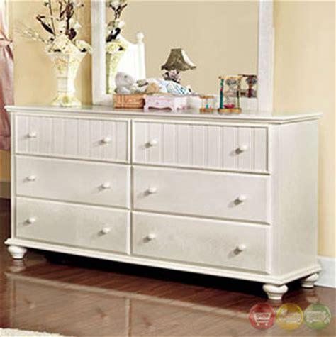 cape cod style bedroom furniture cape cod cottage white panel bedroom set cm7013s