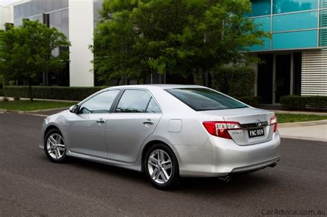 2012 Toyota Camry Specs 2012 Toyota Camry Prices And Specifications Photos 1 Of 18
