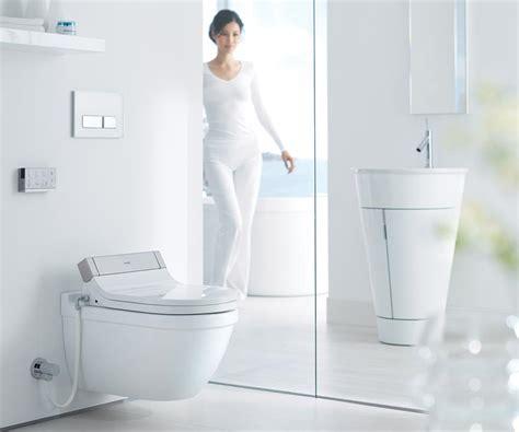 wortwörtlich werden auf einem bidet sensowash ein neuer gattungsbegriff f 252 r dusch wcs bei