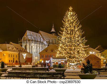 imagenes rumania navidad stock de fotos de brasov rumania viejo navidad 225 rbol