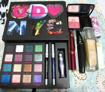 Blas On Revlon deluxe try of ud book of shadows vol iii and