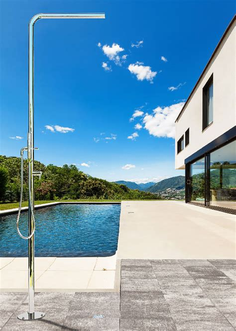 doccia esterno 25 modelli di docce per esterno dal design particolare