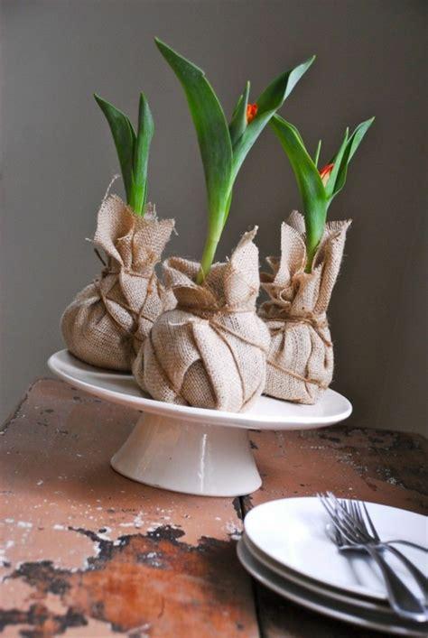 wandlen rustikal tischdeko mit tulpen festliche tischdeko ideen mit