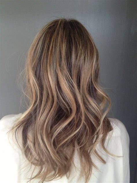 light blonde highlights on dark blonde hair the 25 best sandy brown hair ideas on pinterest