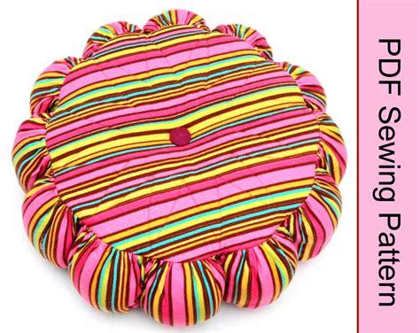 pattern up secret pockets pillow pattern up