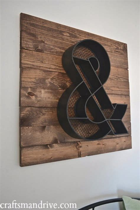 Inexpensive Ways To Decorate Your Home 40 incredible diy pallet signs diy joy