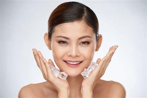 merawat kulit wajah  es batu carles