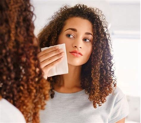 why does rachel ray not wear makeu or fix her hair best all natural makeup remover cleansing wipes well good