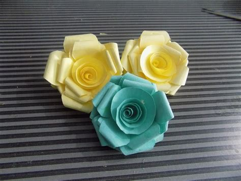 How To Make Paper Roses At Home - how to make paper roses at home step by step easy 2015