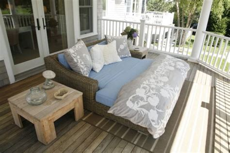 37 outdoor beds that offer pleasure comfort and style 37 outdoor beds that offer pleasure comfort and style