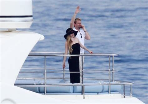 boat song wedding avril lavigne and chad kroeger on a yacht during honeymoon