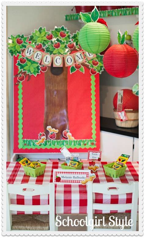 Apple Classroom Decorations by Best 25 Apple Classroom Decorations Ideas On