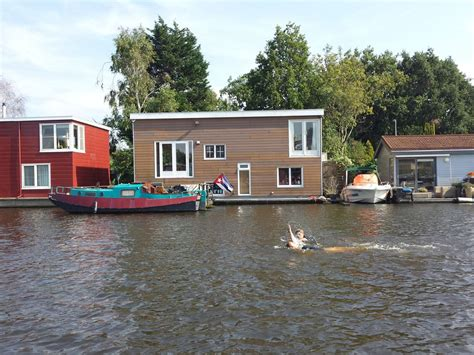 amsterdam house boat rental great houseboat for rent in amsterdam 8277275