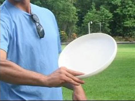 how to a to play frisbee how to play ultimate frisbee advanced ultimate frisbee throws