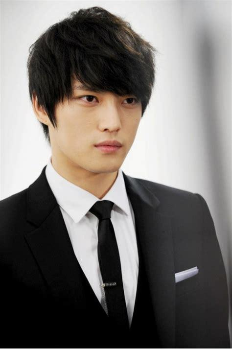hot korean actors news 2014 20 more korean male celebrities looking stylish in suits