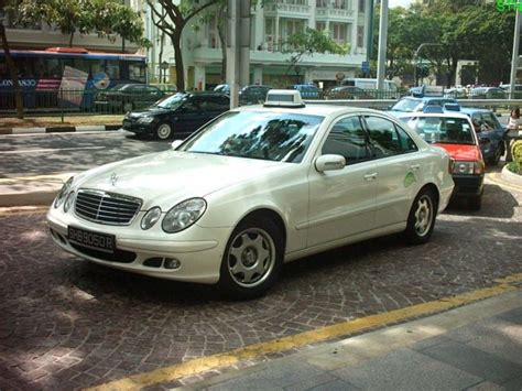 limo taxi limousine taxi singapore limo taxicabs rates booking
