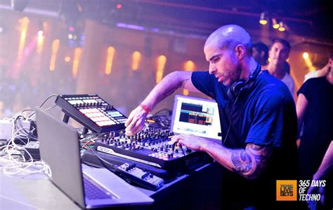 660 am radio fan nyc chris liebing 2015 time warp new york usa am fm 040