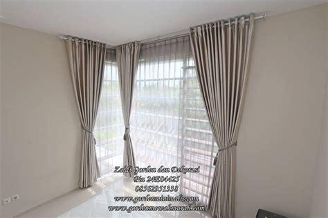 Jendela Polos model gorden jendela ruang kamar tidur dan ruang tamu